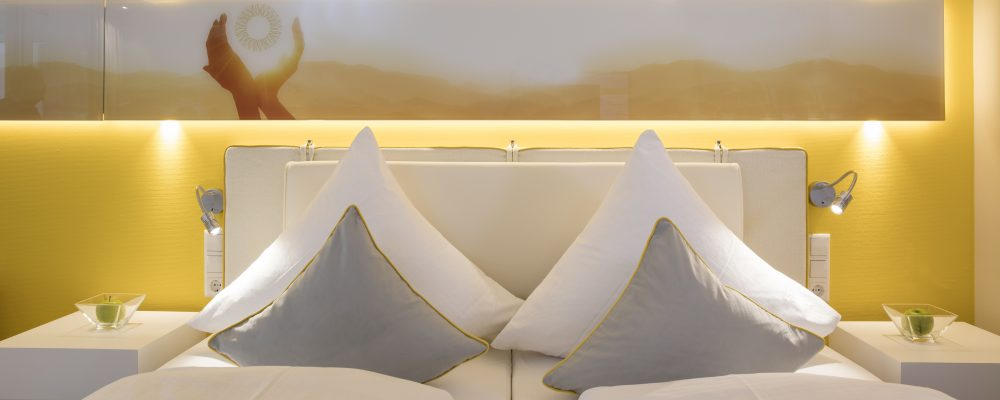 Moderne, sonnige Zimmer